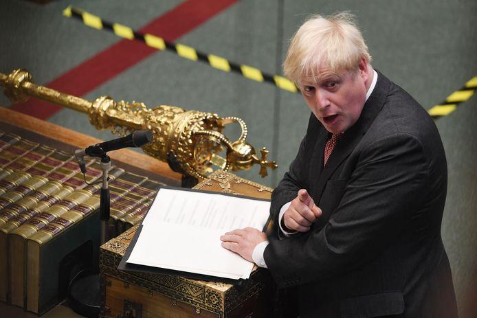 Premier Boris Johnson in het Britse Lagerhuis tijdens de behandeling van de omstreden brexitwet.
