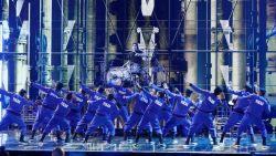 Indiase dansgroep haalt halsbrekende toeren uit en wint grote finale 'America's Got Talent'
