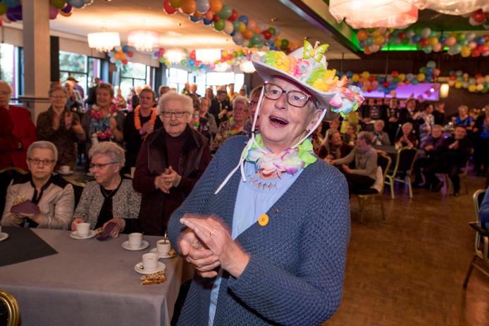 WIERDEN - Seniorencarnaval in Wierden