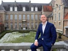 Wethouder Arjan van der Weegen door het stof over mediastunt Markiezenhof