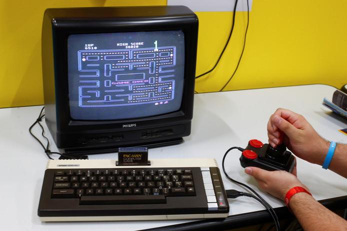 Atari 600XL.