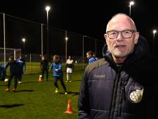 Oud-prof Frans Koenen verlengt contract bij SV Venray