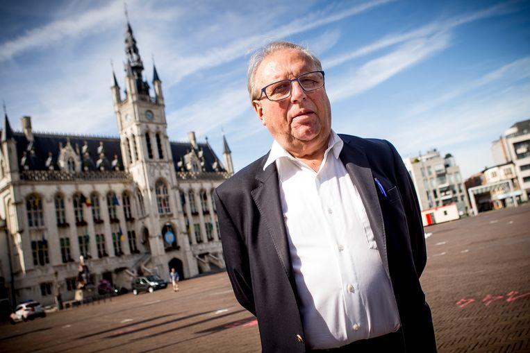 """Voormalig burgemeester Freddy Willockx zette in 2004 de operatie met de Sint-Niklase riolen mee op, maar hielp ze nu ook beëindigen: """"Het risico bleek te groot, dat moet ik erkennen. Maar de belastingbetaler is in Sint-Niklaas wel goed bediend geweest."""""""