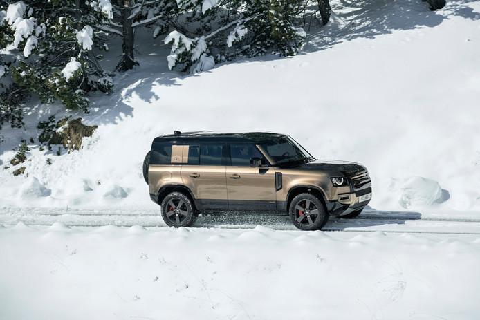 De Defender 110 in de sneeuw