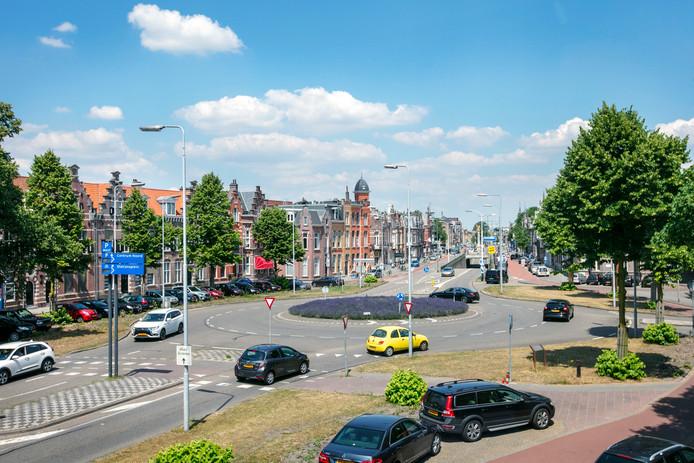 Het plein als rotonde.
