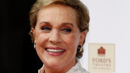 """De trieste waarheid achter eeuwige glimlach van Julie Andrews: """"Ik verloor mijn stem door mislukte operatie en werd depressief"""""""