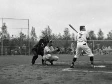 Wie sloeg in 1959 de eerste homerun bij honkbalclub PSV?