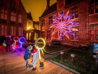 IN BEELD. Tijdens donkere tijden baadt Brugge in het licht: Wintergloed 2020 officieel van start