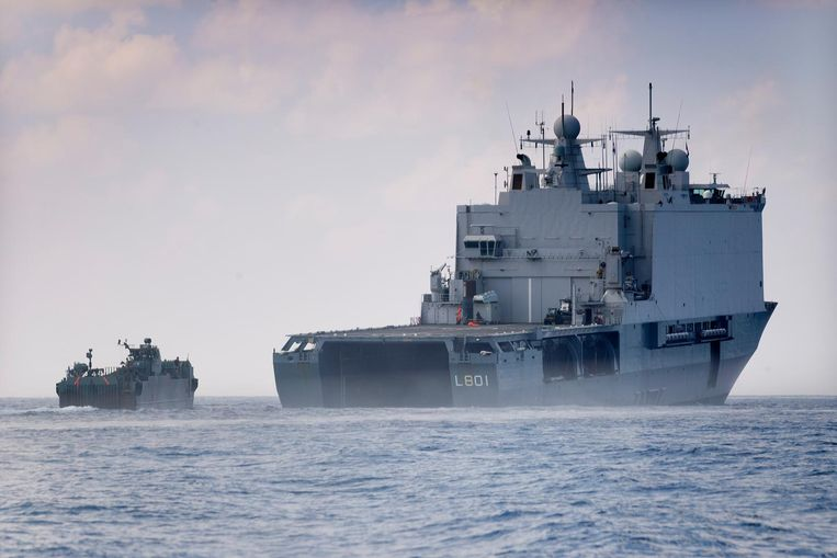 Het marineschip Zr.Ms. Johan de Witt.