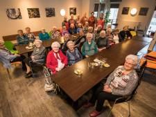 10 jaar Maandaggroep in Haaksbergen: 'Sukadelapje is favoriet bij het wensmenu'
