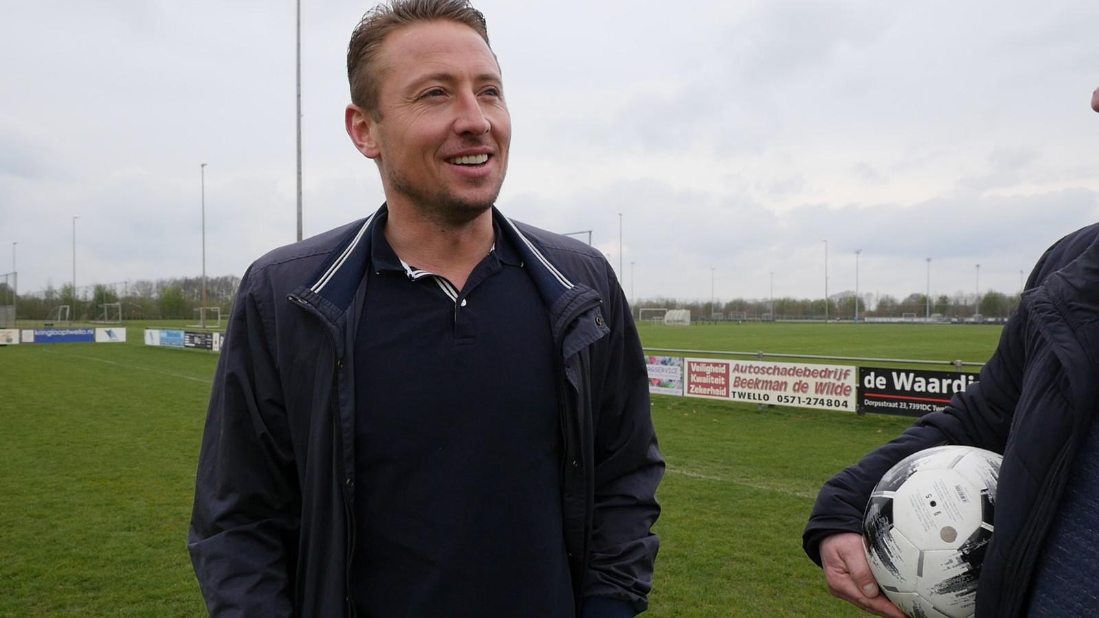 Jan Kromkamp vertrekt als trainer van GA Eagles O19 met degradatie.