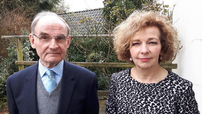 Frans Alting von Geusau en Hannelore de Bresser zijn twee van de bezwaarmakers tegen sluiting van de Oisterwijkse Joanneskerk.