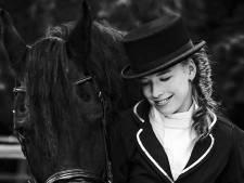 Op de rug van een paard is Tessa even niet gehandicapt