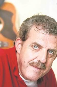 Zanger Guus (71) werd in ziekenhuis opa, maar kon er niet lang van genieten