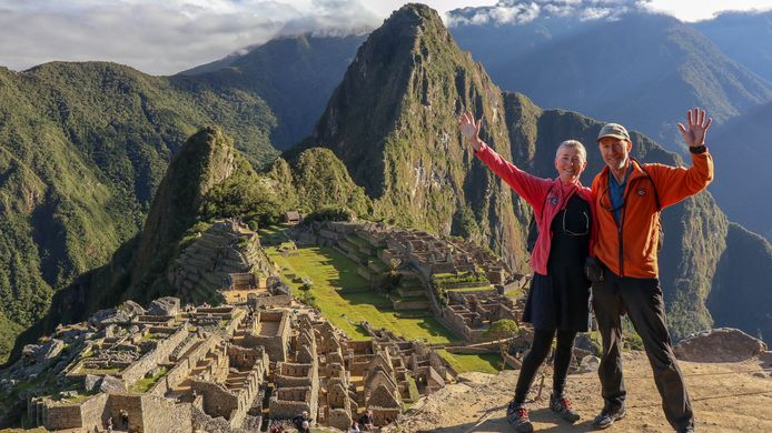 Verplicht nummer voor wie Peru aandoet: Machu Picchu. De voldoening is zoveel groter als je die mythische bestemmingal trappend bereikt hebt.