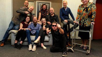 Nieuwe toneelgroep ZonderTV repeteert voor eerste voorstellingen