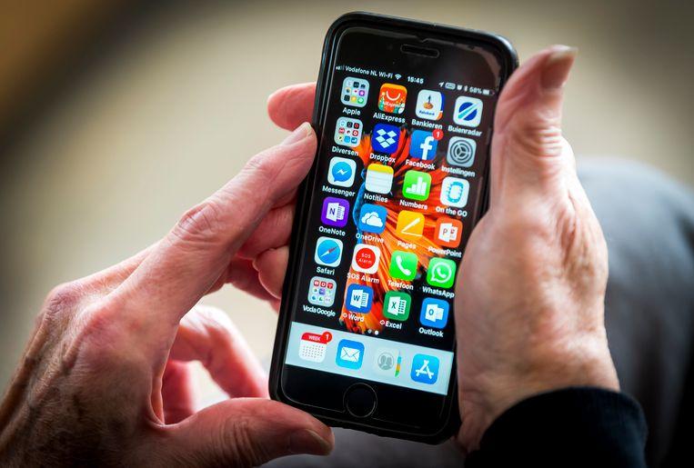 De broncode heeft betrekking op iOS 9, een oudere versie van het besturingssysteem.