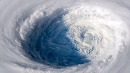 Krachtige tyfoon treft morgen Japans eiland: windsnelheden tot 252 km/u mogelijk