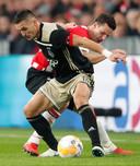Nick Viergever in duel met Dusan Tadic (2019).