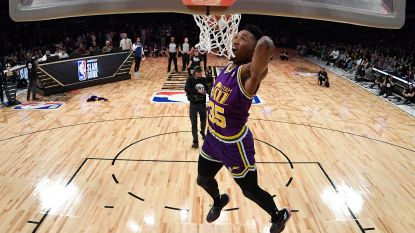 VIDEO: Donovan Mitchell wint dunkcompetitie, Devin Booker scoort meeste driepunters