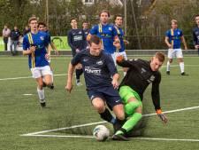 SV Reeshof maakt gehakt van Berkdijk op eigen grasmat