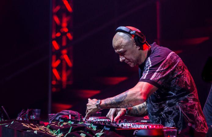 DJ Paul Elstak, icoon van de jaren 90, is in december te horen tijdens de Foute Party van Qmusic in Veghel.