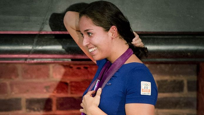 Ranomi Kromowidjojo op het podium tijdens de huldiging van de Nederlandse olympische medaillewinnaars in de Ridderzaal.