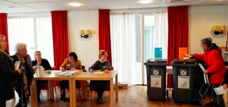 Drukte bij stembureau sportschool Fitland Gennep