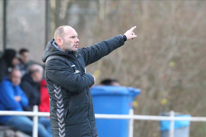 Trainer Erwin Koen gaat Eldenia aan het eind van dit seizoen verlaten, bij voorkeur met een prijs.