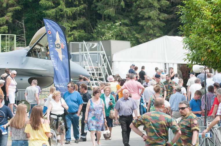 Op de jaarlijkse opendeurdag in juni kon de luchtmachtbasis nog veel volk lokken.