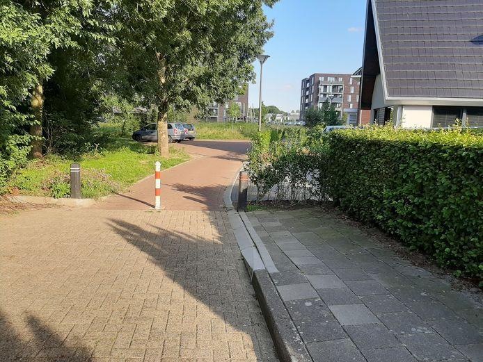 Rond deze plek tussen Libel en Haaksweide in Epe heeft de politie de verdachte aangehouden.