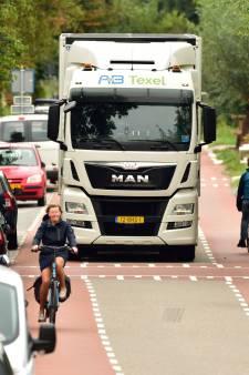 Levensduur Brugweg in Waddinxveen loopt ten einde, gemeente wil minder vrachtverkeer