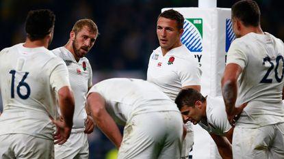 Gastland Engeland uitgeschakeld, Wales en Australië naar kwartfinales