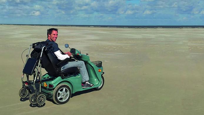 Leo Valk gaat met zijn scootmobiel de Mont Ventoux op om geld in te zamelen voor het Nationaal MS Fonds.