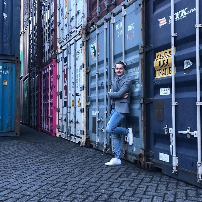Arjan van de Watering ziet in containers nieuwe huizen.
