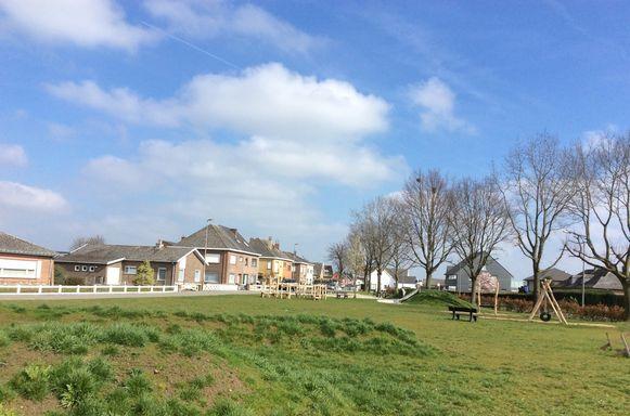 Het Scheldebrugplein in Wichelen
