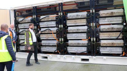Belgische primeur: Umicore hergebruikt batterijen van elektrische wagens voor batterijsysteem op eigen site