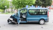 Twee chauffeurs in shock na ongeval in Zegelsem