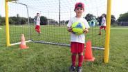 Tiende editie van voetbalkamp 'FootisFun' lokt recordaantal jonge voetballers