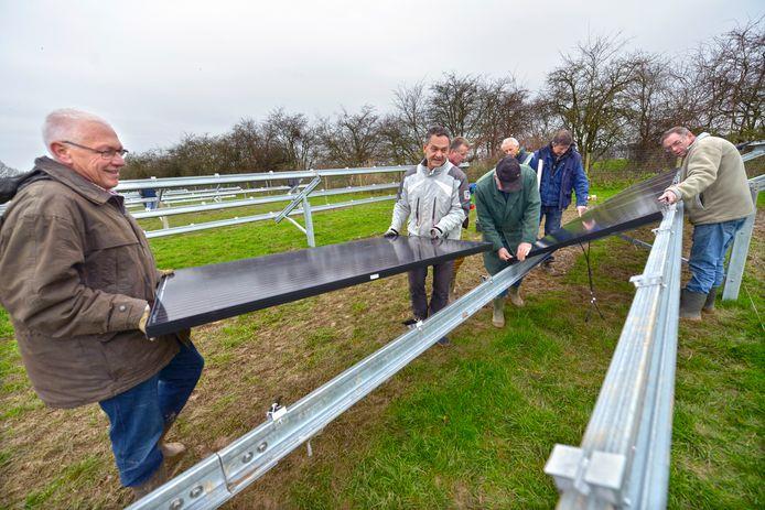 In Leur werd enkele jaren geleden een zonneakker aangelegd.