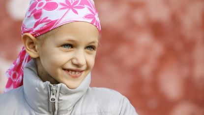 Geamputeerd onderbeentje van kankerpatiëntje Amelia (7) wordt omgekeerd teruggeplaatst zodat ze weer kan dansen