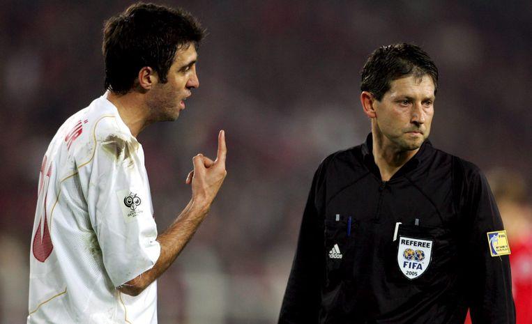 November 2005: in gesprek met Frank De Bleeckere tijdens een EK-kwalificatiematch met Turkije.