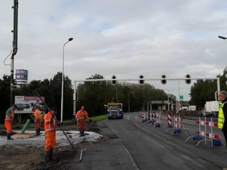 Zo ziet de nieuwe rotonde bij de entree van Vlissingen eruit: nog 2,5 dag werkzaamheden