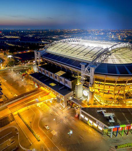 Ajax verlengt 41.000 seizoenkaarten en stopt verkoop