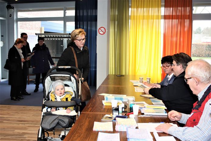 Rustig op stembureau De Westkant in Kaatsheuvel