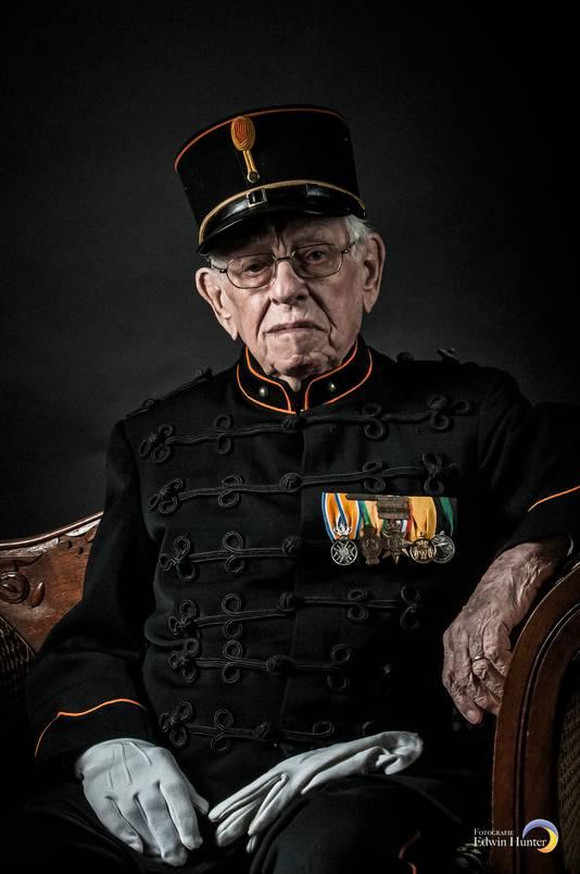 Bronbeek-veteranen praten niet, laat staan dat ze op de foto willen ?appId=21791a8992982cd8da851550a453bd7f&quality=0