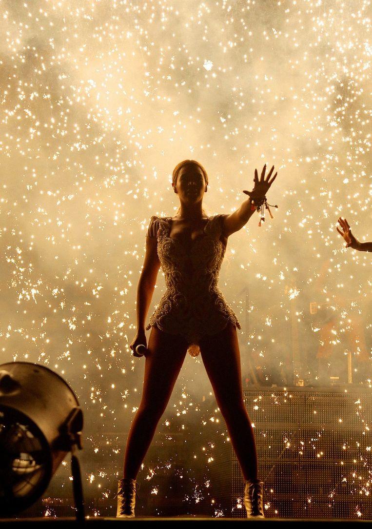 Beyoncé tijdens de Mrs Carter Show in Rio Beeld null