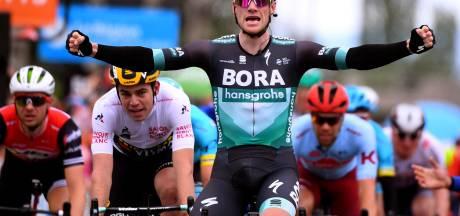 Sam Bennett enlève la troisième étape devant Wout van Aert, Dylan Teuns reste en jaune