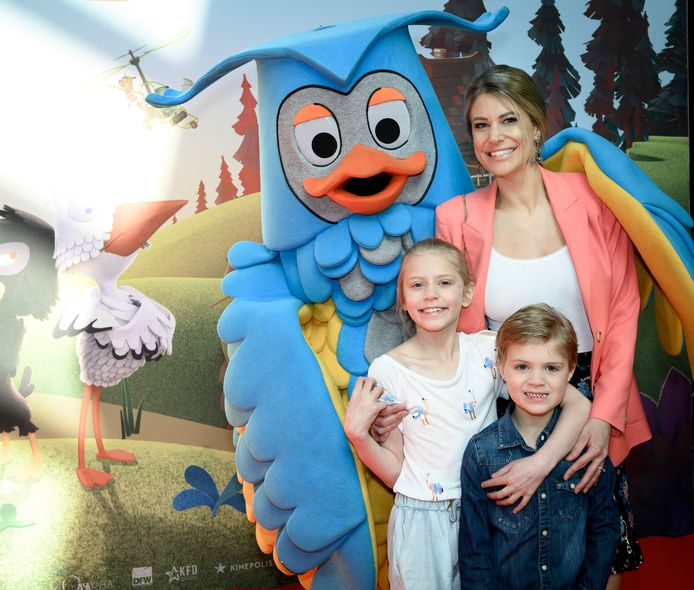 Nele Somers was op stap met dochter Ella-Marie en zoon Rafaël.
