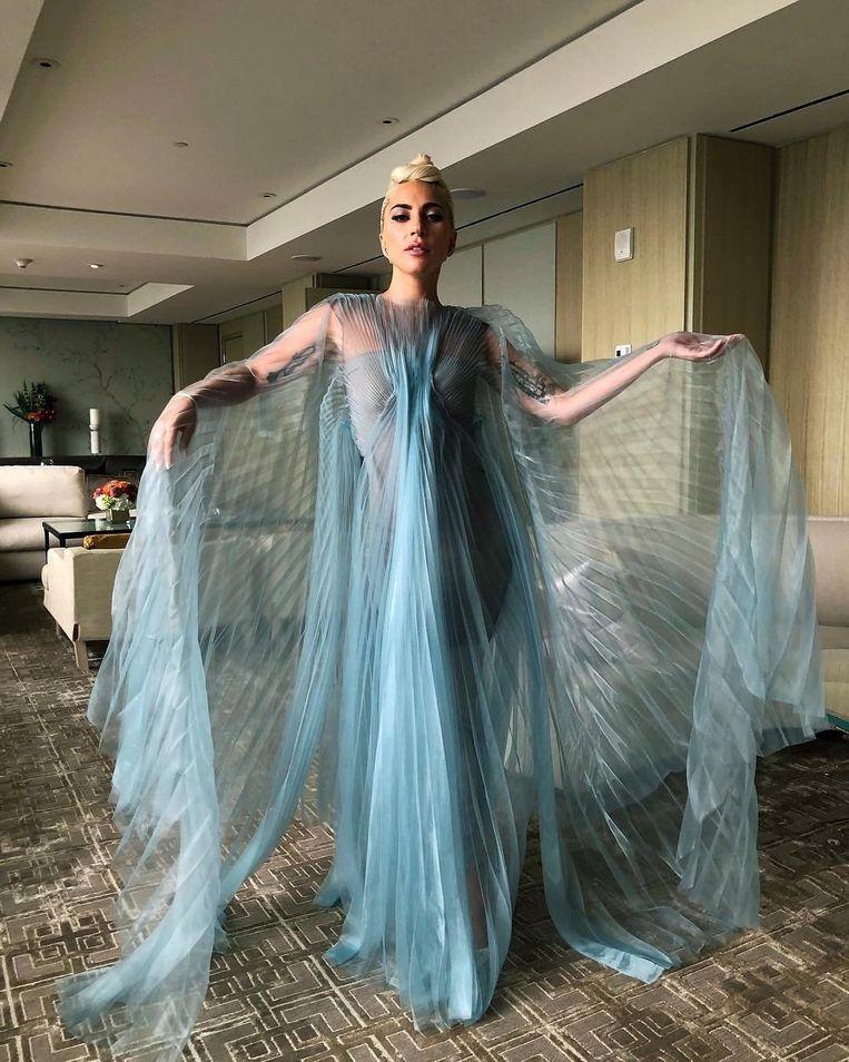 Lady Gaga in een jurk van Iris van Herpen